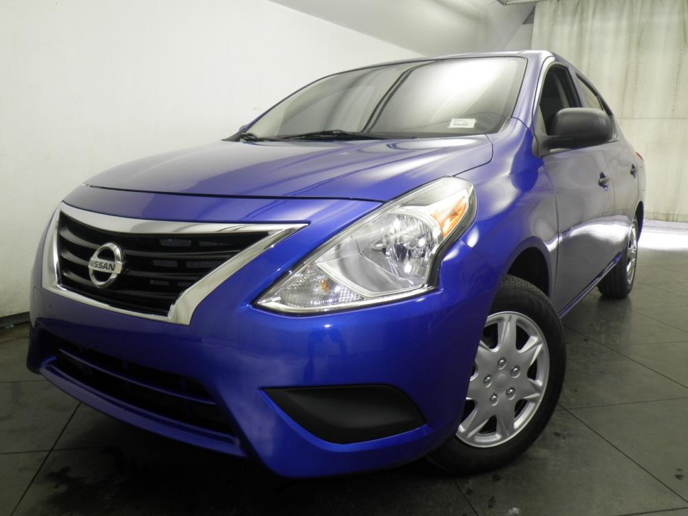 2015 Nissan Versa - 1050145692