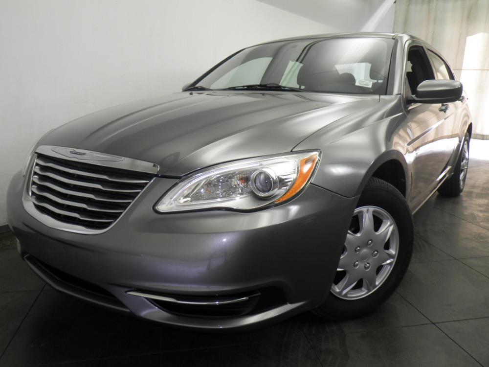 2013 Chrysler 200 - 1050145741