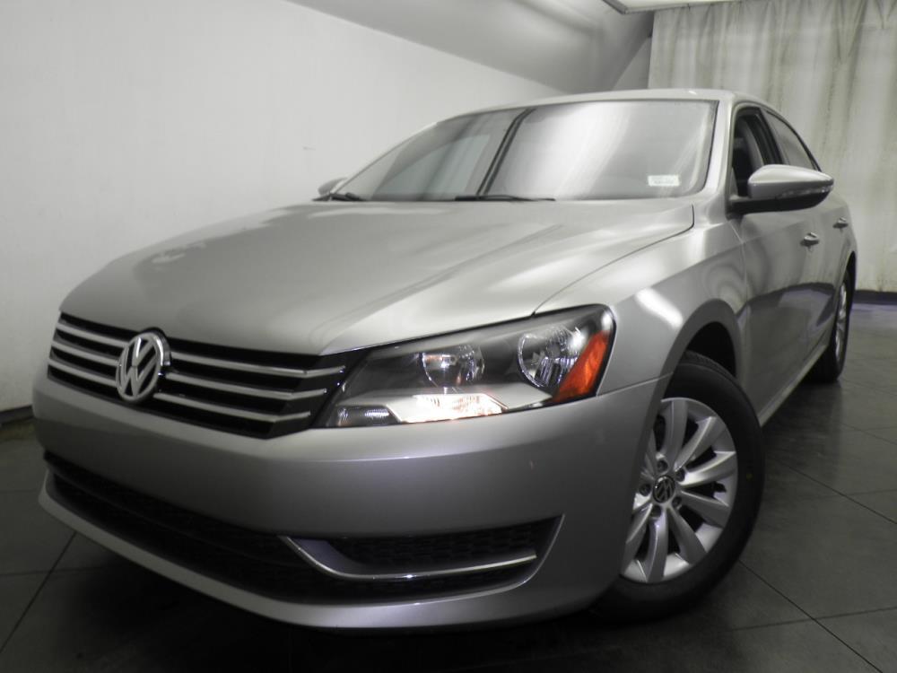 2012 Volkswagen Passat - 1050146407