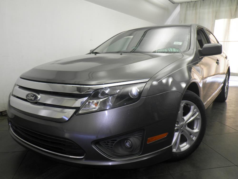 2012 Ford Fusion - 1050146423