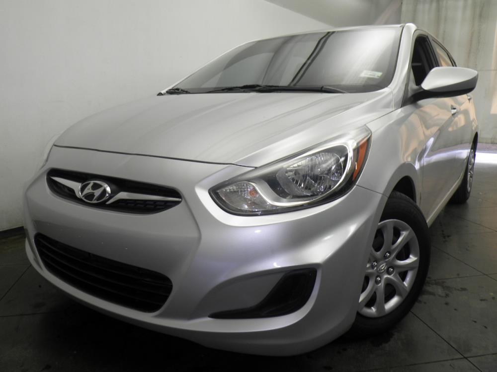 2014 Hyundai Accent - 1050146429
