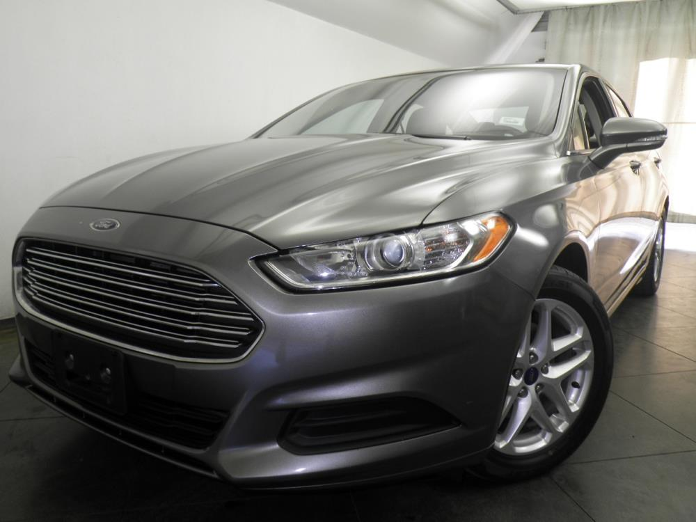 2013 Ford Fusion - 1050146470