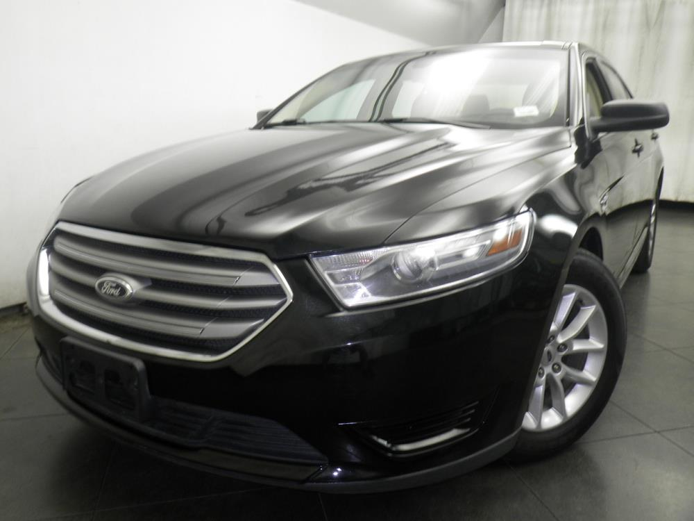 2013 Ford Taurus - 1050146947