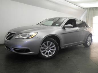 2013 Chrysler 200 - 1050147487