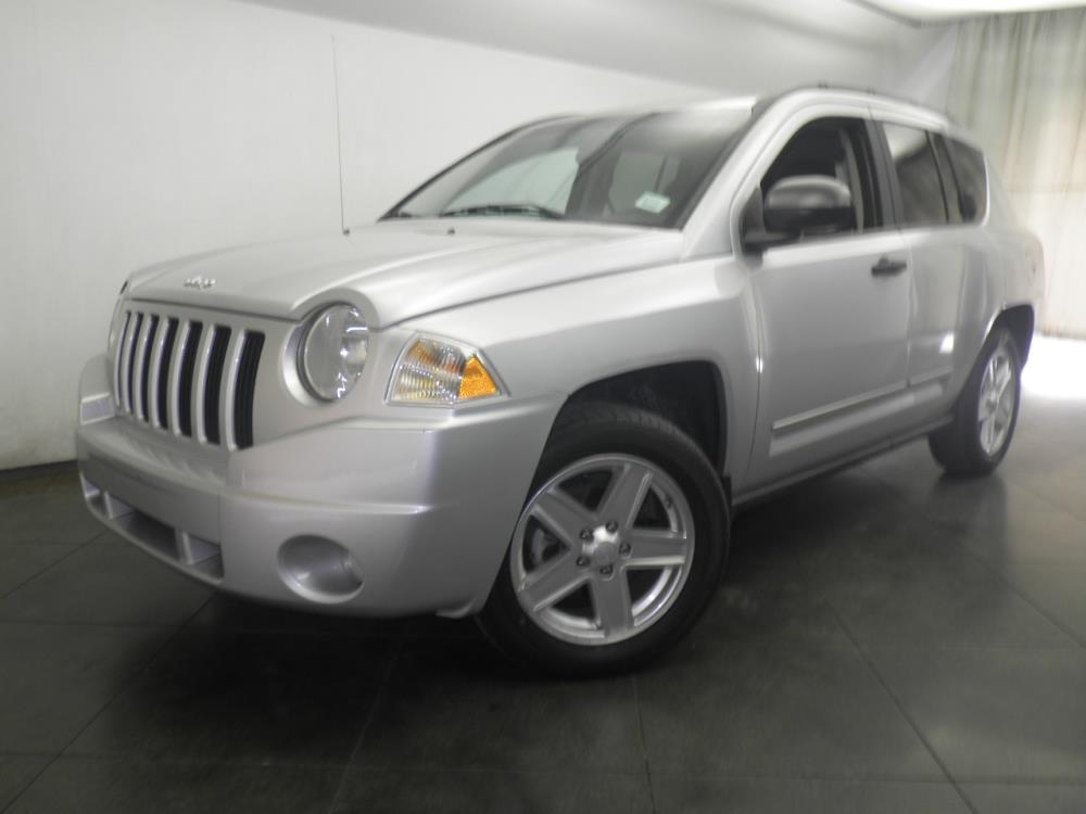 2010 Jeep Compass - 1050147652