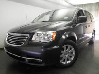 2012 Chrysler Town and Country - 1050149621