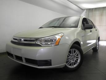 2010 Ford Focus - 1050151698