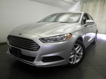 2016 Ford Fusion - 1050154091