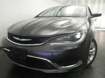 2016 Chrysler 200 - 1050155107