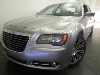 2013 Chrysler 300 - 1050155230