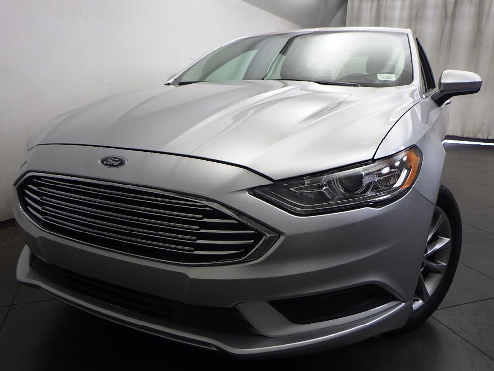 2017 Ford Fusion SE - 1050155493