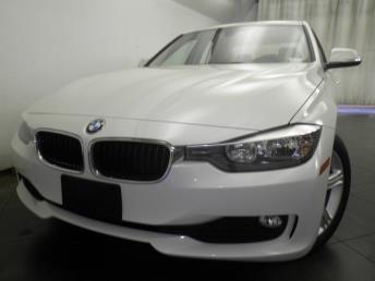 2014 BMW 320i  - 1050155555