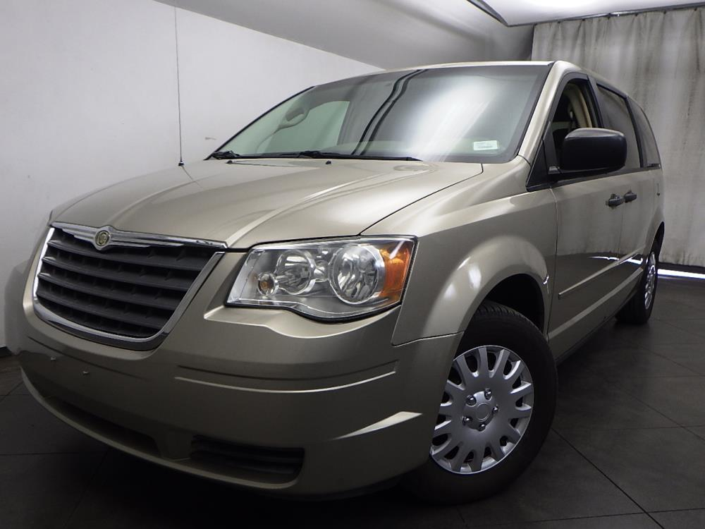 2008 Chrysler Town and Country - 1050155822