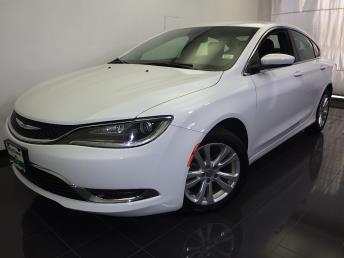 2016 Chrysler 200 - 1050156403
