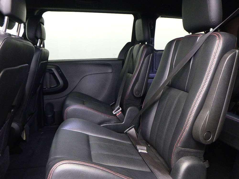 2016 Dodge Grand Caravan R/T - 1050156527