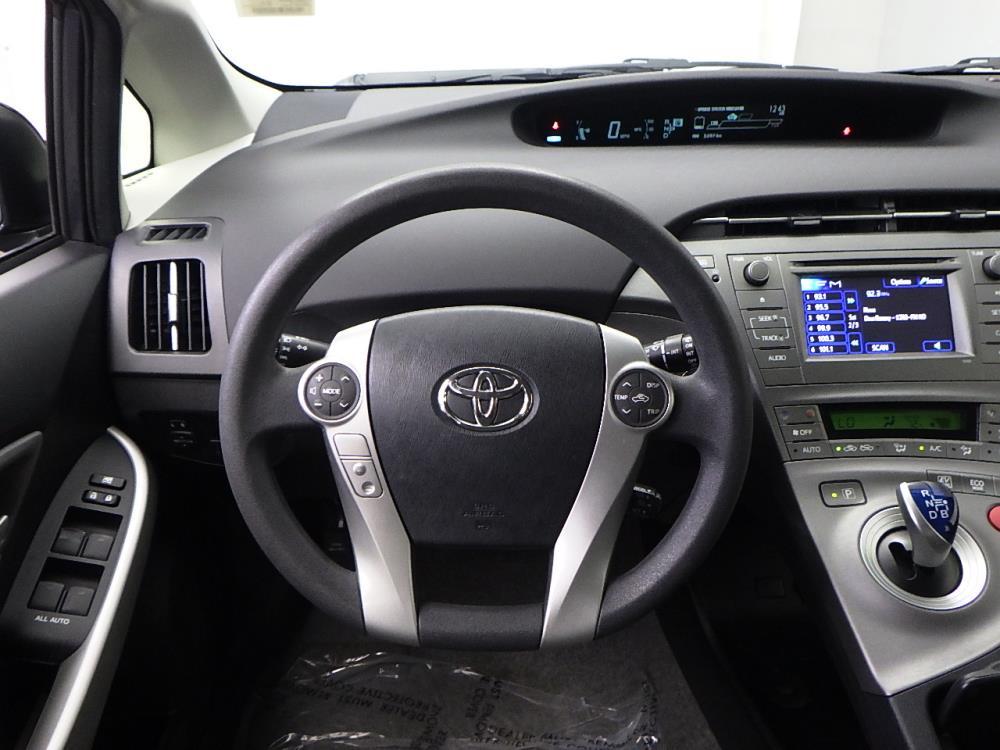 2014 Toyota Prius One - 1050156544