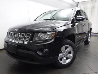 2016 Jeep Compass Latitude - 1050156755