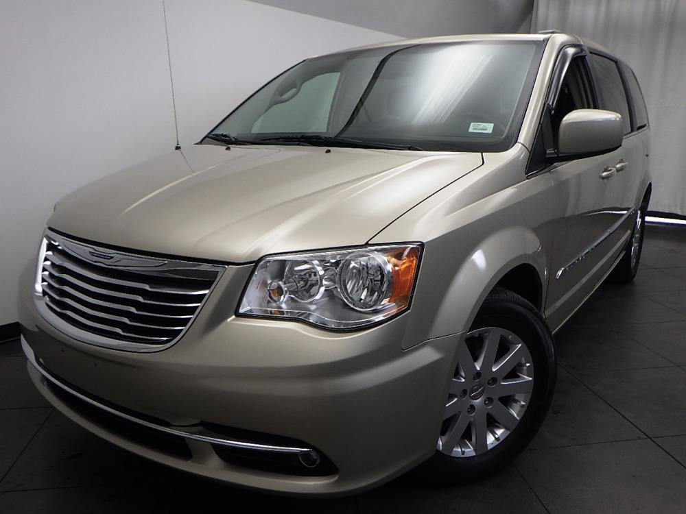 2014 Chrysler Town and Country Touring - 1050157659