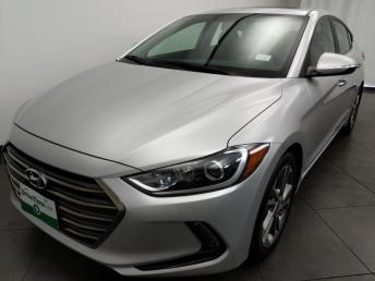 2017 Hyundai Elantra Limited - 1050158004