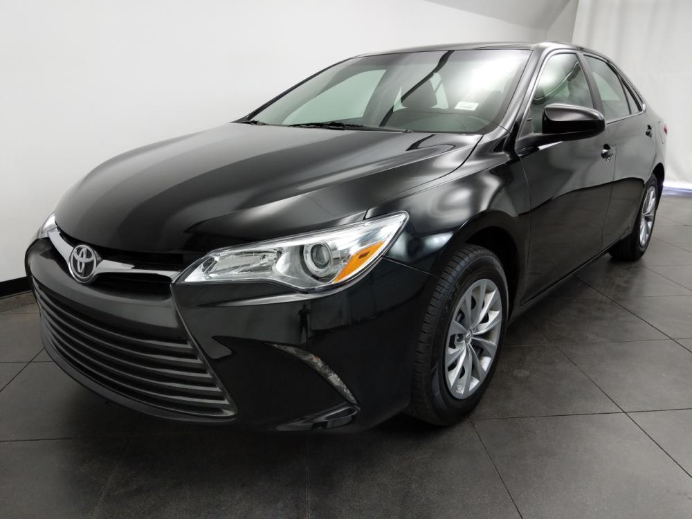 2016 Toyota Camry LE - 1050158735
