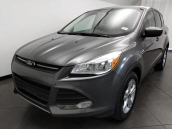 2014 Ford Escape SE - 1050158861