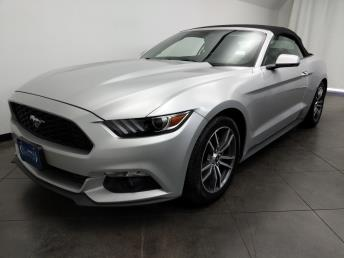 2017 Ford Mustang EcoBoost Premium - 1050159459