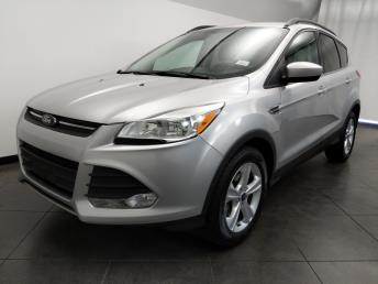 2015 Ford Escape SE - 1050159606