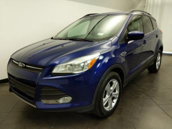 2016 Ford Escape SE - 1050159643