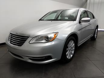 2012 Chrysler 200 Touring - 1050159726
