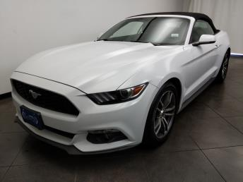 2017 Ford Mustang EcoBoost Premium - 1050159871