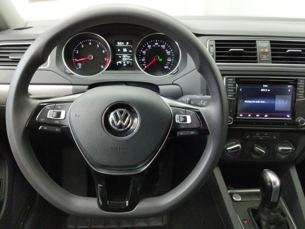 2016 Volkswagen Jetta 1.4T SE - 1050159930