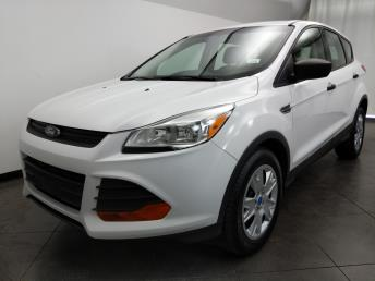 2015 Ford Escape S - 1050160292
