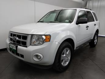 2011 Ford Escape XLT - 1050160328
