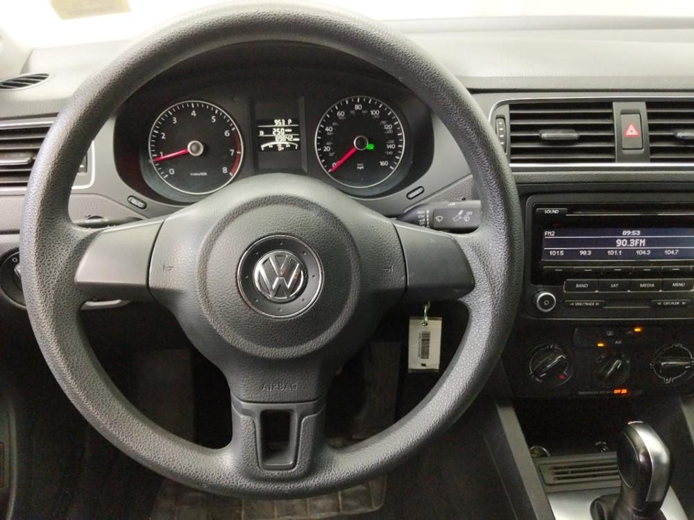2014 Volkswagen Jetta 1.8T SE - 1050161299