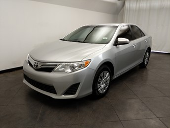 2014 Toyota Camry LE - 1050161880