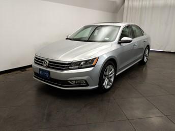2016 Volkswagen Passat 1.8T SEL - 1050162129