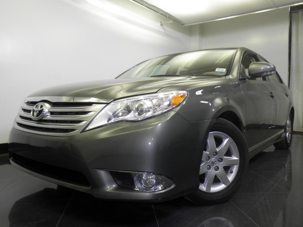 2012 Toyota Avalon - 1060148444