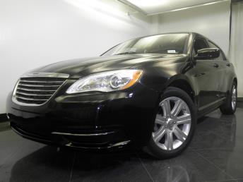 2013 Chrysler 200 - 1060148998