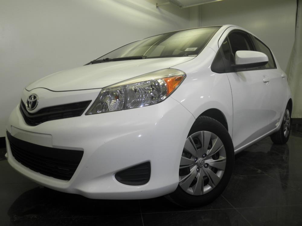 2013 Toyota Yaris - 1060149872