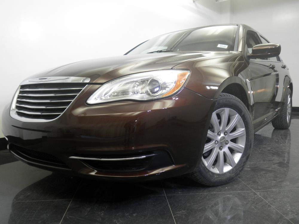 2012 Chrysler 200 - 1060150871