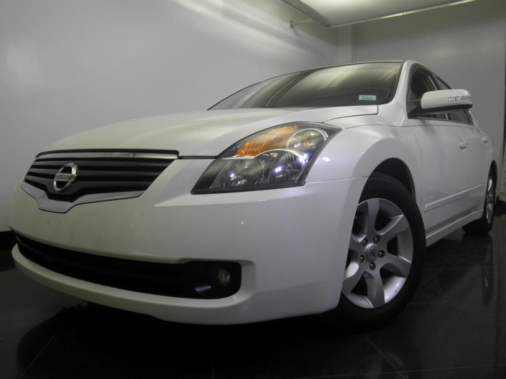 2009 Nissan Altima - 1060151418