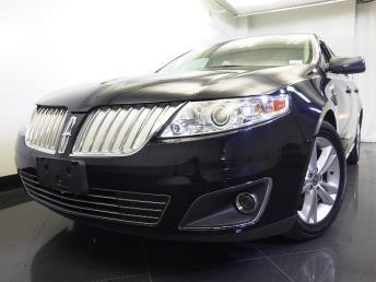 2009 Lincoln MKS - 1060156070