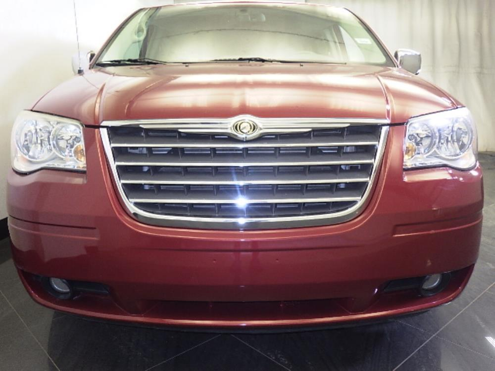 2010 chrysler town and country for sale in tampa 1060158476 drivetime. Black Bedroom Furniture Sets. Home Design Ideas