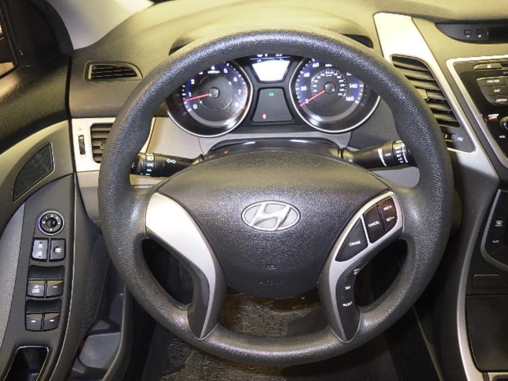 2015 Hyundai Elantra SE - 1060160890