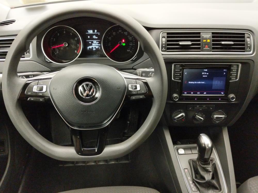 2016 Volkswagen Jetta 1.4T SE - 1060161566