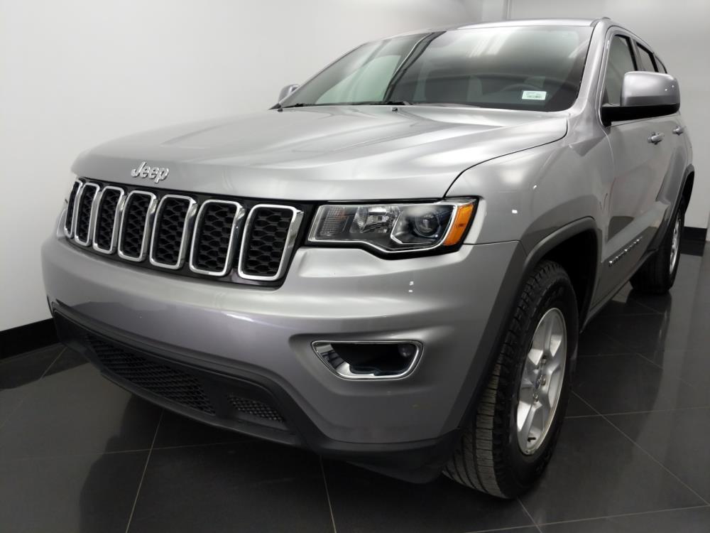 2017 Jeep Grand Cherokee Laredo - 1060161644