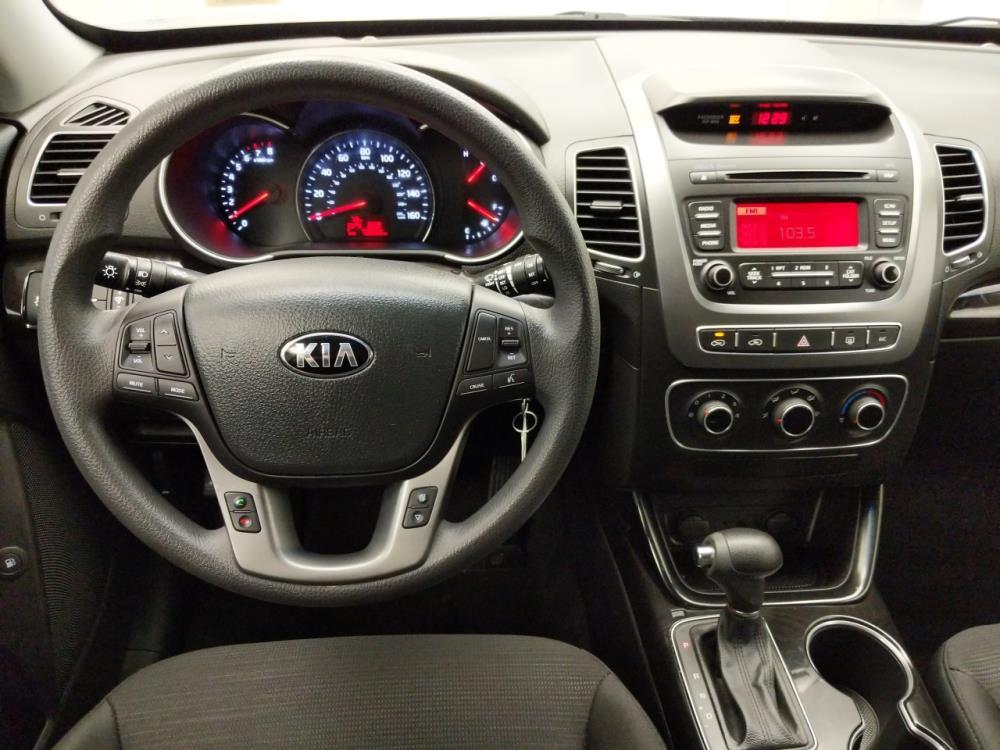 2015 Kia Sorento LX - 1060161802