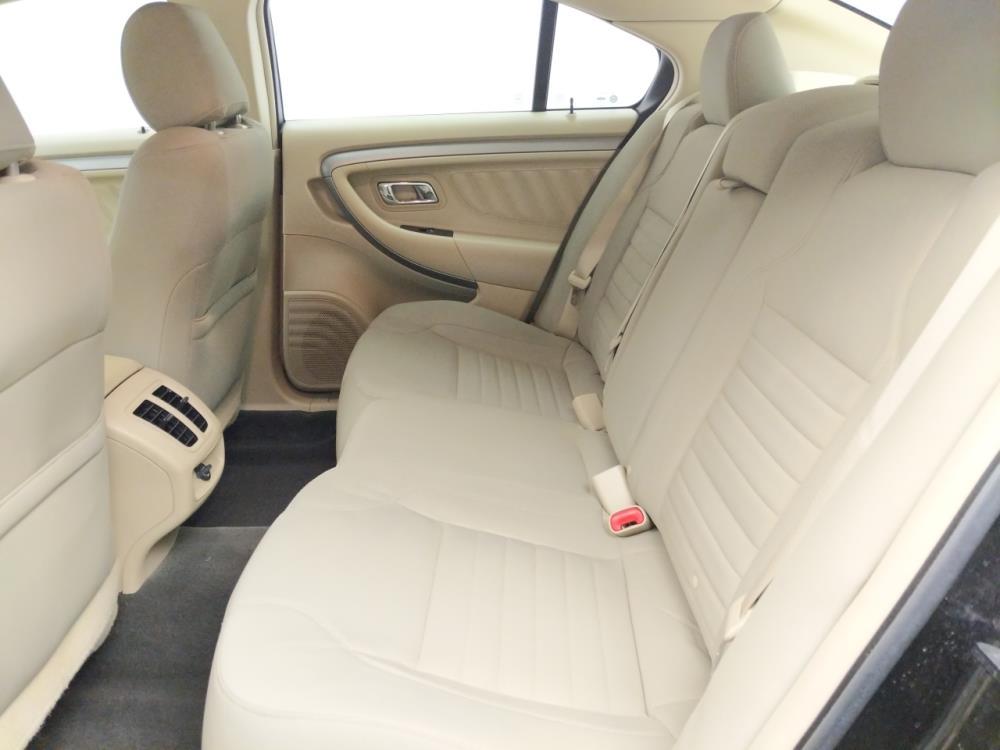 2015 Ford Taurus SE - 1060162097