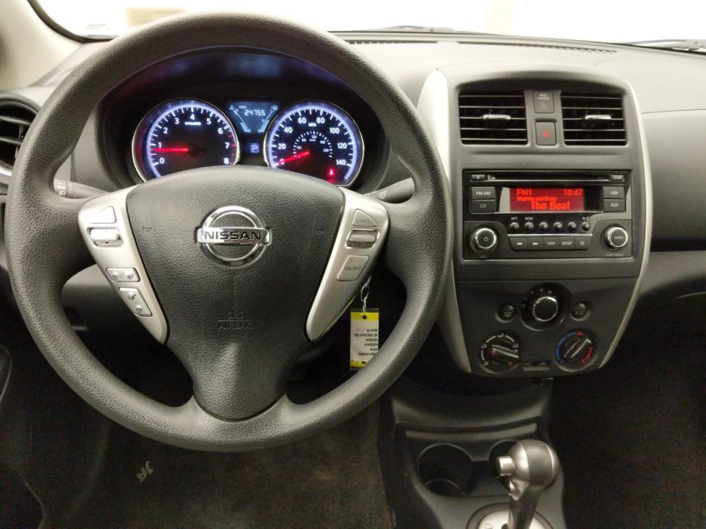 2016 Nissan Versa SV - 1060162665