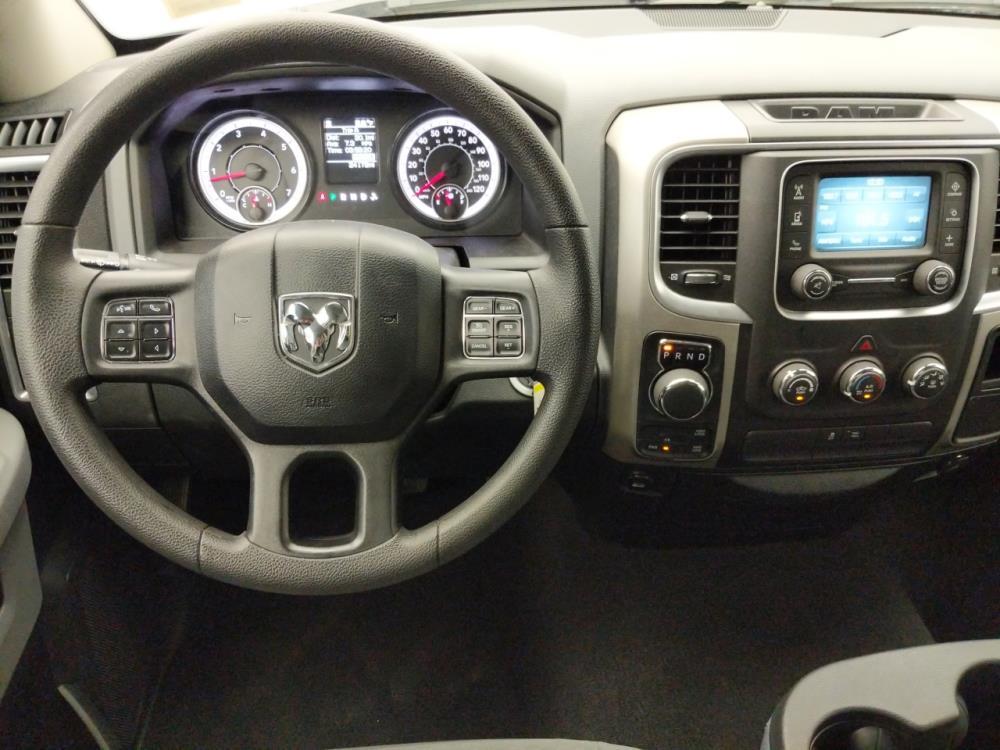 2017 Dodge Ram 1500 Quad Cab SLT 6.3 ft - 1060162870